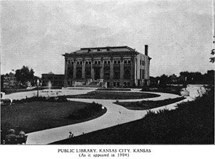 1904 photo of the Downtown Carnegie Library